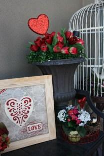 Amazing Valentine Porch Ideas02