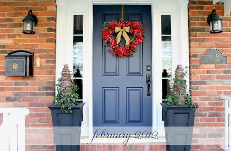 Amazing Valentine Porch Ideas31