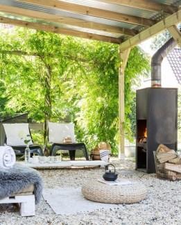 Awesome Rustic Balcony Garden02