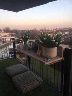 Awesome Rustic Balcony Garden05