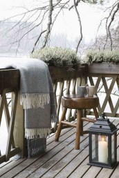 Awesome Rustic Balcony Garden22