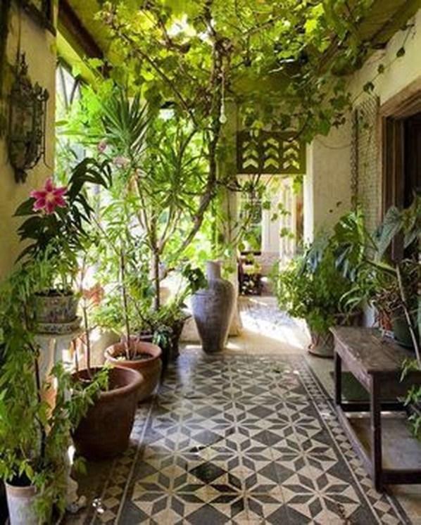 Awesome Rustic Balcony Garden31