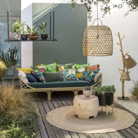 Awesome Rustic Balcony Garden34