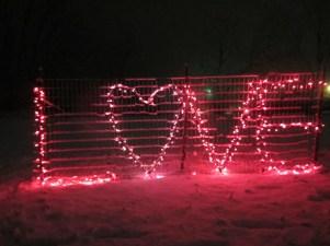 Awesome Valentine Backyard Ideas10