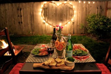 Awesome Valentine Backyard Ideas25