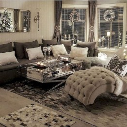 Awesome Winter Living Room Ideas16