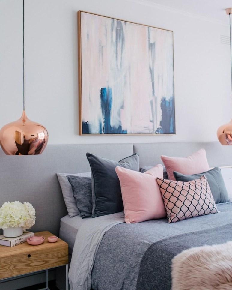 Elegant Blue Themed Bedroom Ideas24