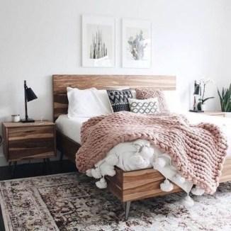 Inspiring Vintage Bedroom Decorations11