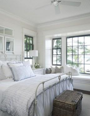 Inspiring Vintage Bedroom Decorations30