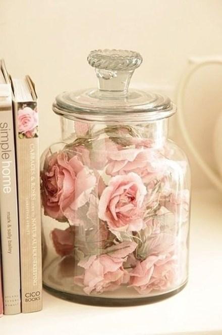 Lovely Roses Decor For Living Room22