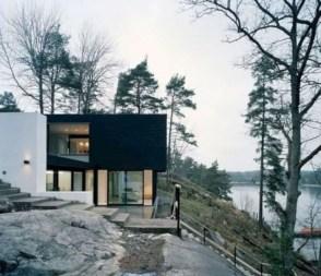 Amazing Modern Home Exterior Designs24