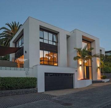 Amazing Modern Home Exterior Designs29