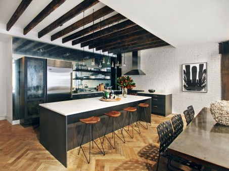 Amazing Traditional Kitchen Designs For Your Kitchen Renovation01