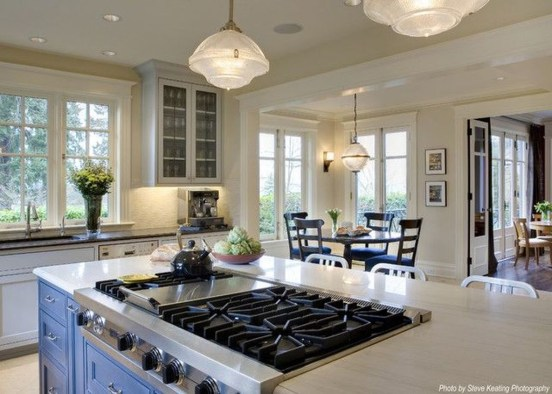 Amazing Traditional Kitchen Designs For Your Kitchen Renovation17