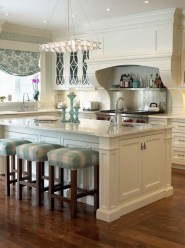 Amazing Traditional Kitchen Designs For Your Kitchen Renovation21