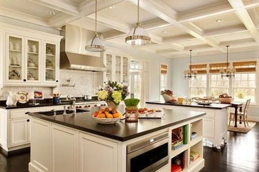Amazing Traditional Kitchen Designs For Your Kitchen Renovation45