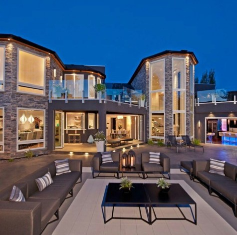 Extravagant Houses With Unique And Remarkable Design18