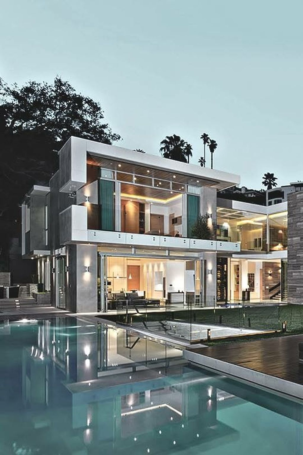 Extravagant Houses With Unique And Remarkable Design37
