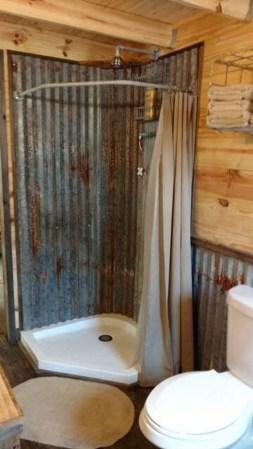 LoVely Rustic Bathroom Ideas15