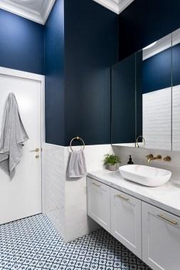 Lovely Contemporary Bathroom Designs35
