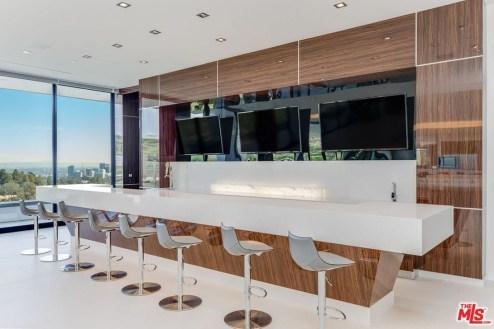Modern Home Bar Designs27