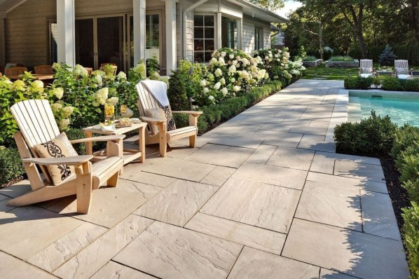 Welcoming Contemporary Porch Designs04