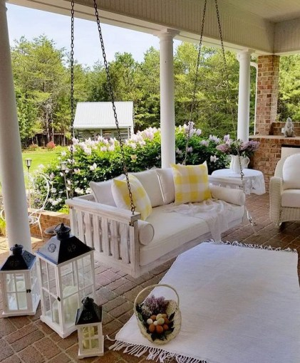 Welcoming Contemporary Porch Designs12