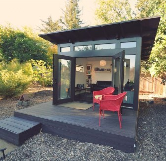 Amazing Backyard Studio Shed Design02