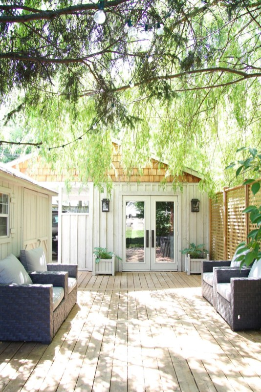 Amazing Backyard Studio Shed Design26