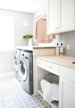 Amazing Laundry Room Tile Design07