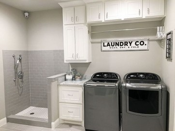 Amazing Laundry Room Tile Design29