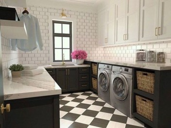 Amazing Laundry Room Tile Design36
