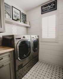 Amazing Laundry Room Tile Design38
