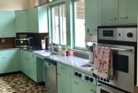 Amazing Mid Century Kitchen Ideas18