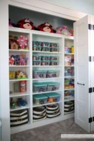 Brilliant Bedroom Organizatioan Ideas12