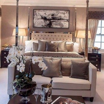 Comfy Master Bedroom Ideas02