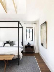 Comfy Urban Master Bedroom Ideas38