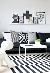 Lovely Black And White Living Room Ideas19