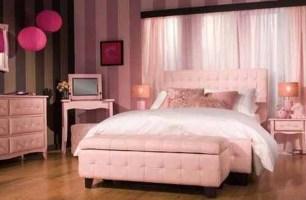 Lovely Girly Bedroom Design12