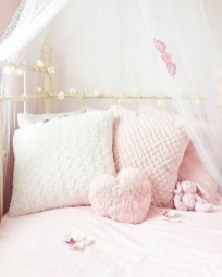 Lovely Girly Bedroom Design19