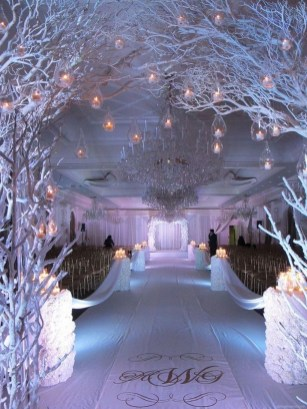 Lovely Winter Wedding Decoration30