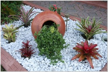 Marvelous Rock Stone For Your Frontyard21
