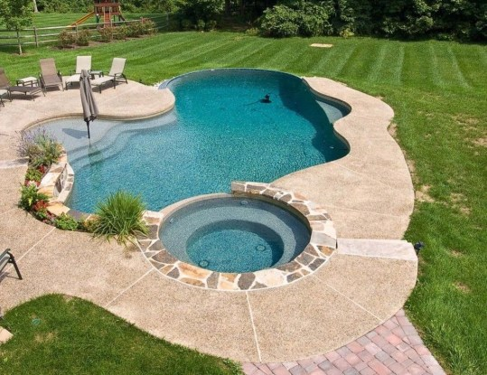 Marvelous Small Swimming Pool Ideas11