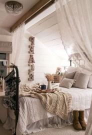 Modern Farmhouse Bedroom Ideas03