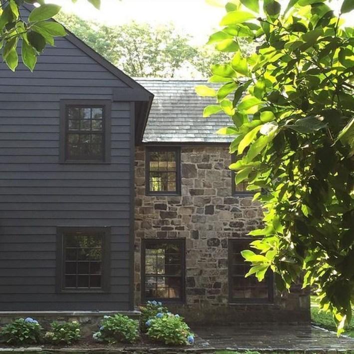 Modern Farmhouse Exterior Design01