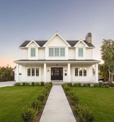 Modern Farmhouse Exterior Design21