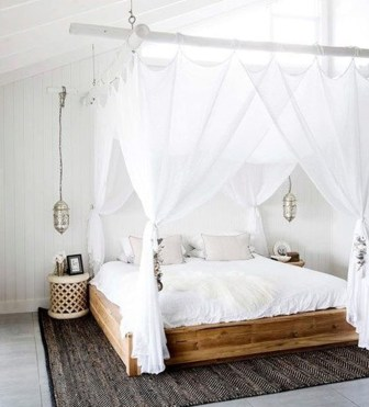 Modern White Farmhouse Bedroom Ideas03