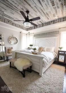 Modern White Farmhouse Bedroom Ideas24