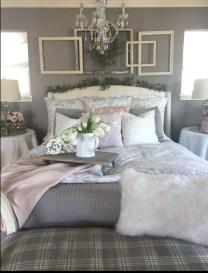 Modern White Farmhouse Bedroom Ideas31