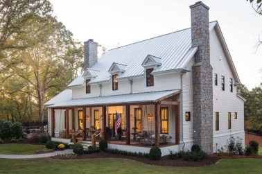 Stunning Farmhouse Design05